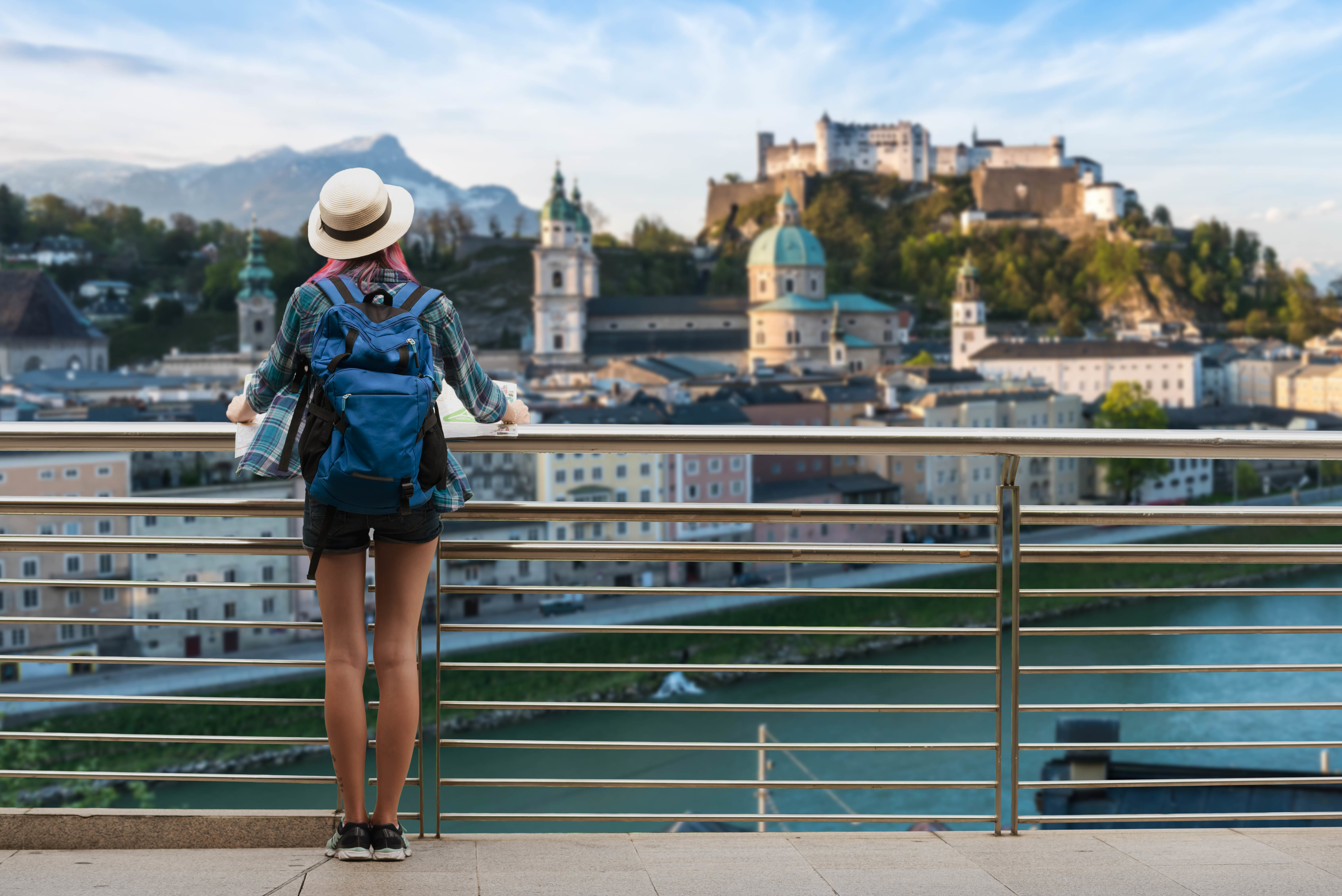 What Is A Healthcare Traveler and How To Become One